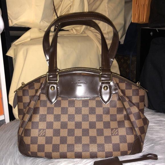 62610cb8e7fe Louis Vuitton Handbags - Louis Vuitton Damier Ebene Verona PM